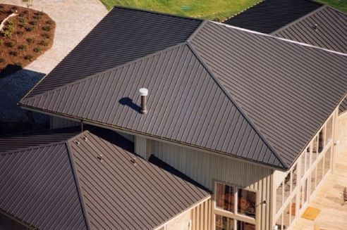 How Much a Bundle of Roofing Shingles Weighs