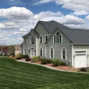 Country Manor Shake - Color Vermont Slate